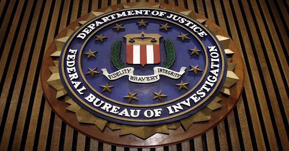FEDS SEEK 4-YEAR-PLUS SENTENCE FOR FBI AGENT IN LEAK CASE